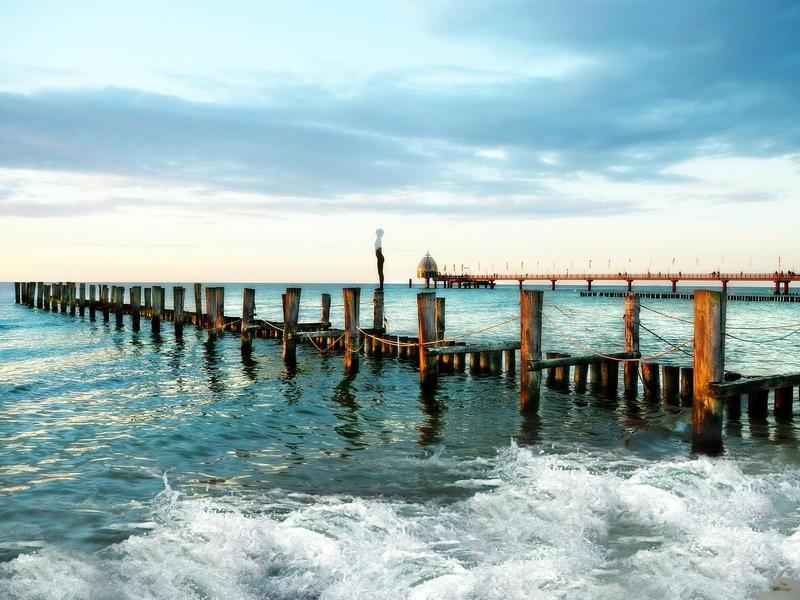 Noclegi nad morzem z basenem i wyżywieniem. Sprawdź polecane noclegi przy plaży nad Morzem Bałtyckim!