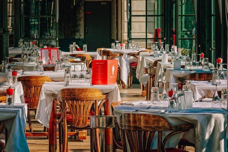 Restauracja nad morzem czy wyżywienie w ośrodku wypoczynkowym w Świnoujściu?