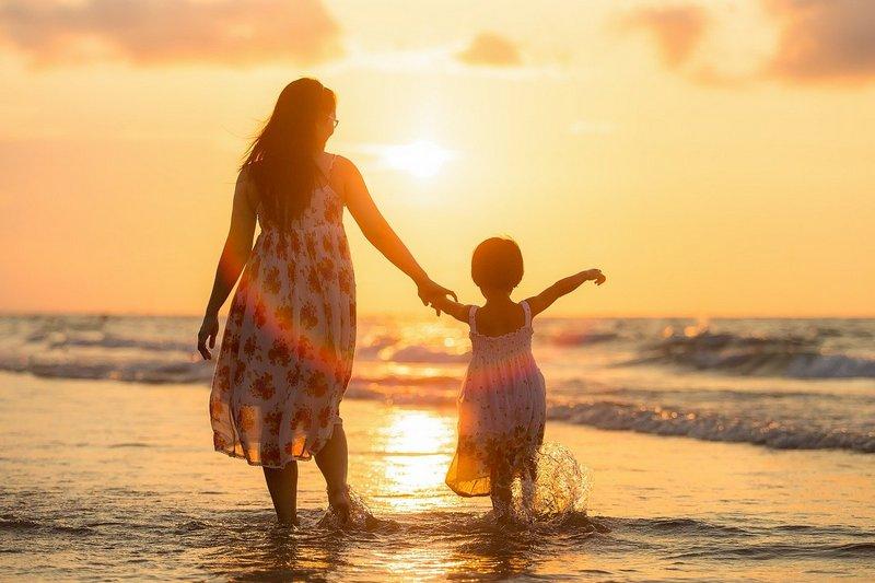 Wczasy nad morzem z dzieckiem z wyżywieniem